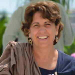 Clara De Caria