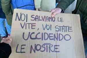 Puglia, protestano infermieri: incertezza sul nostro futuro