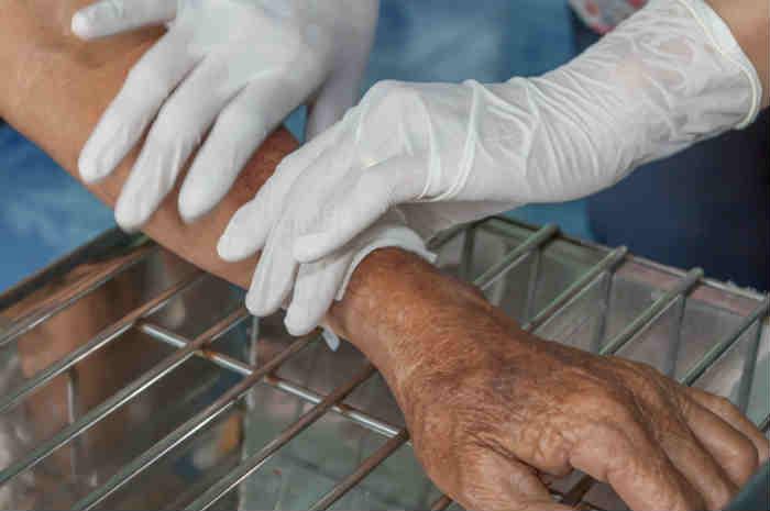 infermiere medica braccio