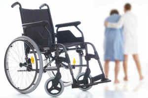 Posizionamento del paziente sulla sedia o sedia a rotelle