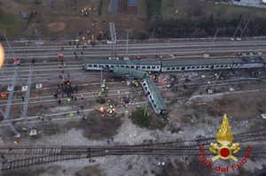 Disastro ferroviario, appello per donare il sangue