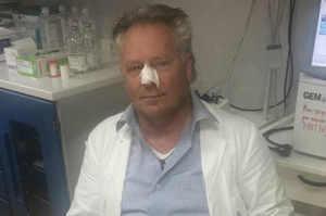 Aggredito mentre difende dei pazienti al S. Gennaro di Napoli