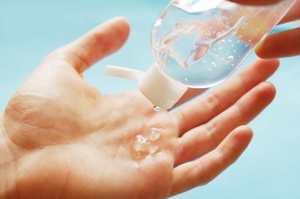 Conoscere i prodotti a base alcolica per igiene mani