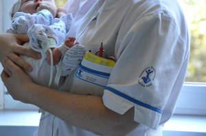 Infermiera pediatrica si sfoga: In Italia non esistiamo