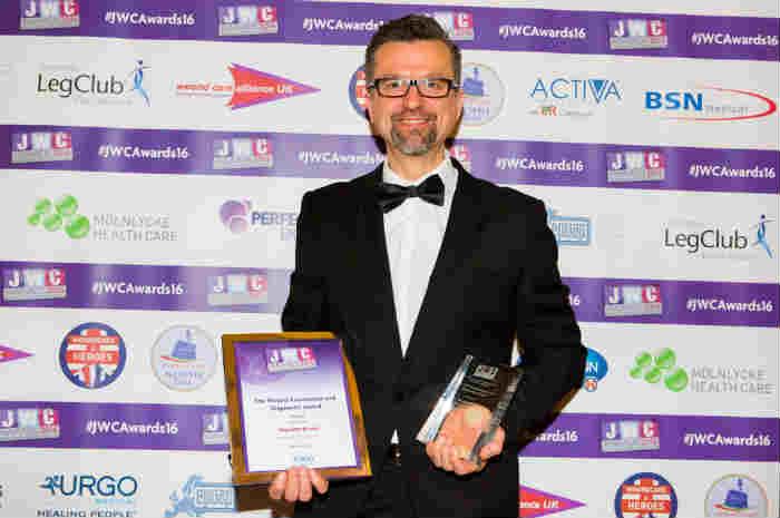 Massimo Rivolo vince il JWC Awards 2016 a Londra