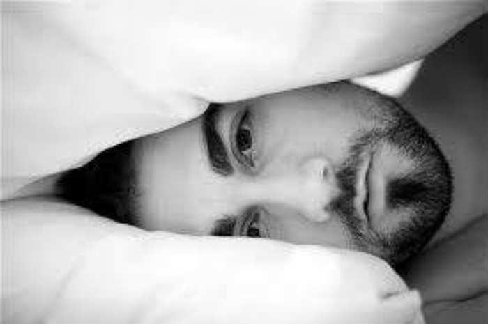 Disturbi del sonno tra insonnie e apnee notturne