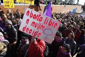 Aborto: Spagna un ritorno al medioevo