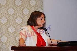 Laura Rasero: l'infermiere per diventare specialista deve...