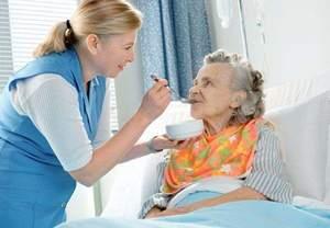 Operatori Socio Sanitari e la somministrazione dei pasti